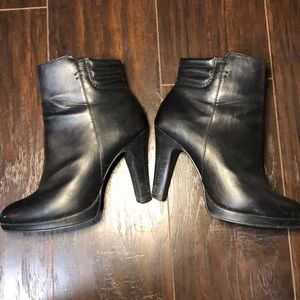 Le Chateau sexy boots